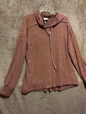 Woman sweater whit hoodie size large for Sale in Fresno, CA