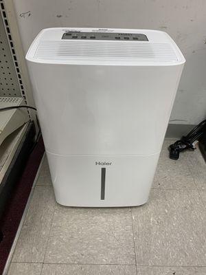Haier dehumidifier for Sale in Austin, TX