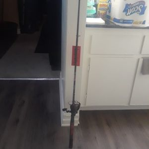 Shakespeare Ugly Stik GX2 Middle Fast Rod for Sale in Montclair, CA