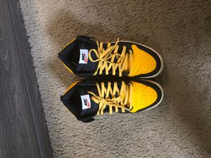 Nike SB Mid Dunks for Sale in Columbia, SC