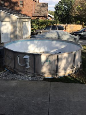 14ft above ground pool for Sale in Cleveland, OH