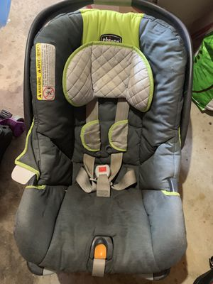 chicco car seat and base for Sale in Thomasville, NC