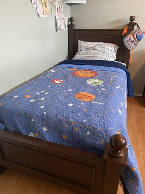 Twin size bed frame for Sale in Hayward, CA