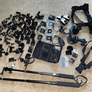 GoPro Hero 4 & 3 Black With Accessories Sold Separately for Sale in Anaheim, CA