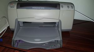 Hewlett Packard deskjet 970 Cse color printer $5.00 for Sale in Chicago, IL