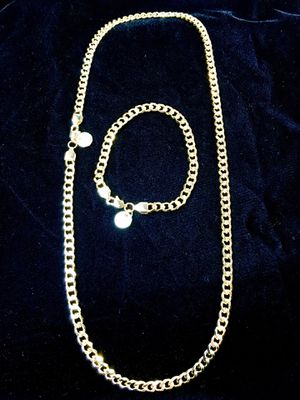 CUBAN LINK 18K GOLD NEW CHAIN MADE IN ITALY for Sale in North Bay Village, FL