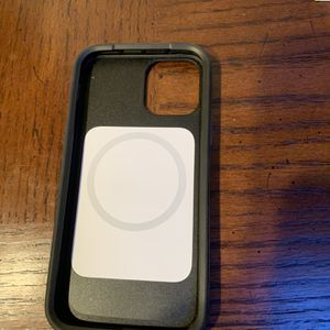 iPhone 12 Pro Otter box Case W/MagSafe for Sale in Sutter Creek, CA