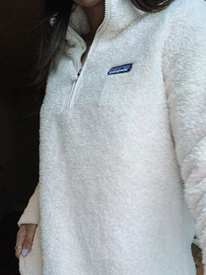 PATAGONIA FLUFFY PULLOVER for Sale in New Haven, CT