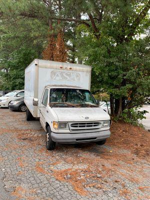 1999 Ford F450... 7.3L diesel for Sale in Doraville, GA