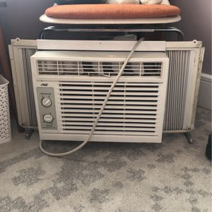 Arctic King Window AC Unit for Sale in Queens, NY