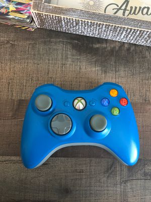 Xbox 360 controller for Sale in Milford, MA