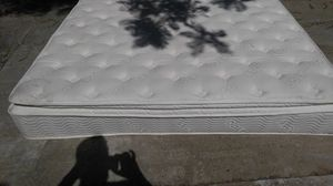 QUEEN PILLOW TOP MATRESS $80 for Sale in Chico, CA