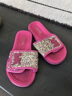 Size 13 Michael Kors Pink Glitter Sandals for Sale in Murfreesboro,  TN
