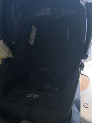 Urbini carseat w/ blue Camper for Sale in Whittier, CA