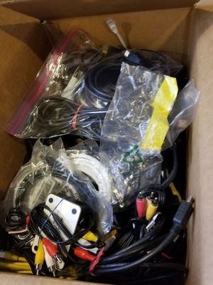 BOX OF AUDIO VISUAL CORDS for Sale in Mesa, AZ