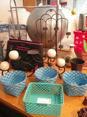 Toaster oven Storage crate chicken wire basket Chinese flower pot candle holders duffle bag for Sale in Buckeye, AZ