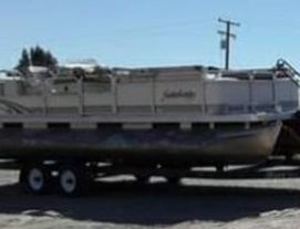 1996 24ft Pontoon boat for Sale in San Diego,  CA
