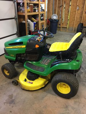 John Deere Rider lawn mower for Sale in Union City, GA