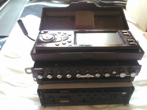 Detach car stereo & equalizer for Sale in New York, NY