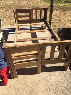 Bed frame twin for Sale in Paragould, AR