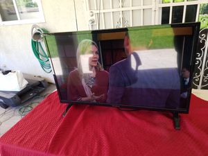 Westinghouse 32 inch lcd tv for Sale in Lodi, CA