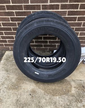 2—225/70R19.50 Michelin XZE. for Sale in Carol Stream, IL