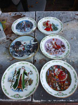 Platos antiguos de colección de Santa Claus for Sale in Lynwood, CA