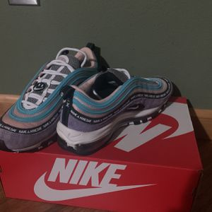 Nike Air Max's for Sale in Camas, WA