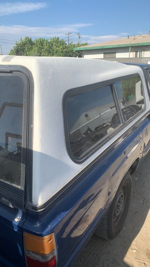 Toyota pick up camper short bed for Sale in Fontana, CA