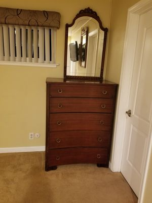 High boy dress chest and mirror for Sale in Fullerton, CA