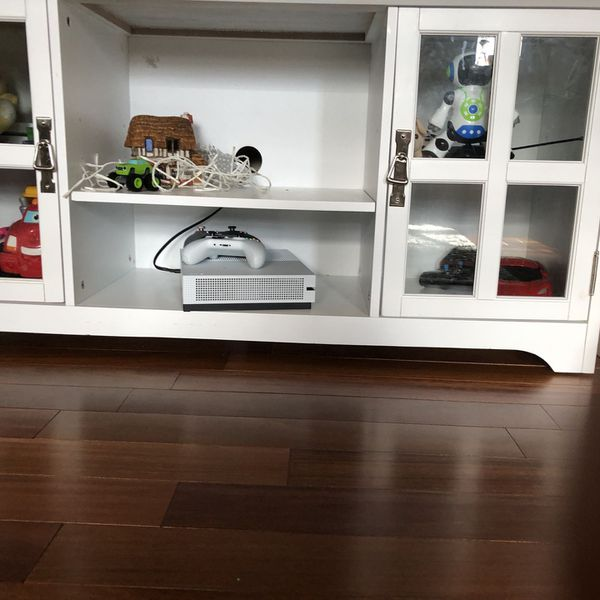 Entry Table/console/TV Table
