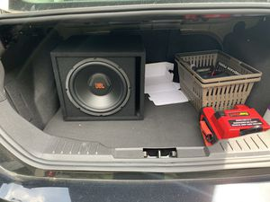 """12"""" Jbl sub and Amp for Sale in Peabody, MA"""
