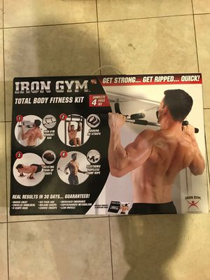 4 pc body fitness kit (pull up bar, push-up grips, rope, straps for ab workout) for Sale in San Gabriel, CA
