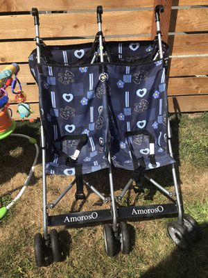 Double umbrella stroller for Sale in Brier, WA