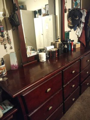 Dresser with mirror for Sale in Placentia, CA