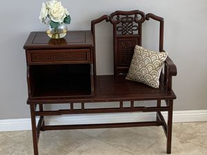 Antique gossip bench, very unique and beautiful cherry wood color, on the heavy side good conditio for Sale in Laguna Niguel, CA
