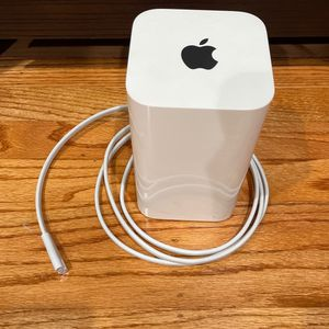 Apple Airport Extreme Router 6th Gen for Sale in Cupertino, CA
