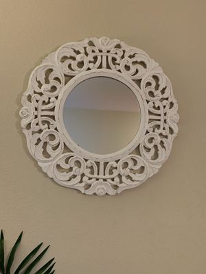 White Boho Wall Mirror for Sale in Los Angeles, CA
