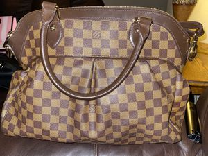 Louis Vuitton Purse for Sale in Ontario, CA