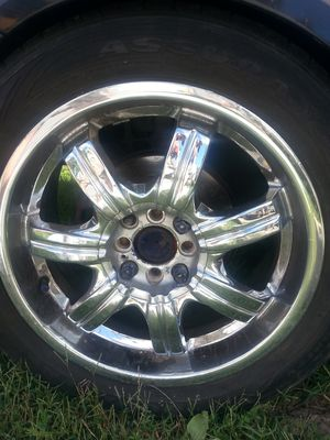 Universal rims and tires for Sale in Nashville, TN