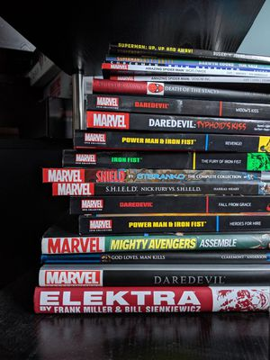 Various marvel books for Sale in Seattle, WA