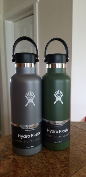Hydro flasks for Sale in Renton, WA