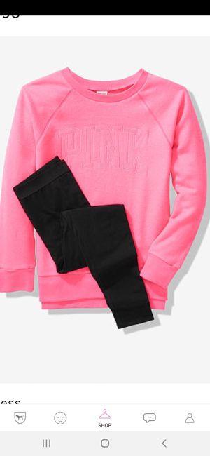 Vs pink gift set for Sale in Menifee, CA