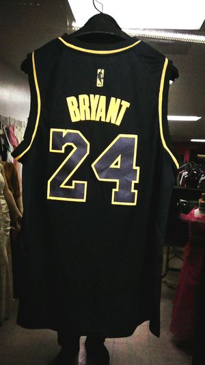 Lakers jersey Kobe Bryant for Sale in Tempe, AZ