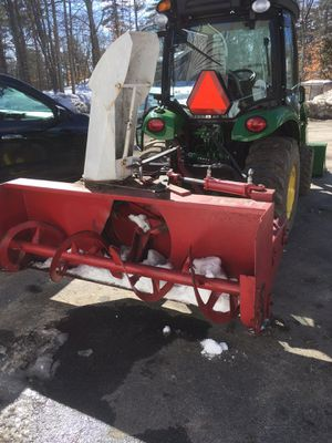 """Ber-Vac 73"""" 3pt. hydraulic chute snowblower for Sale in Windham, ME"""