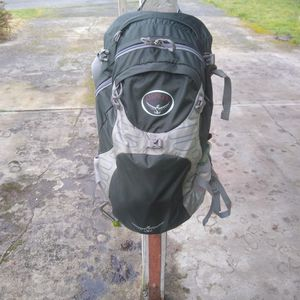 Osprey Camping Hiking Backpack for Sale in Puyallup, WA