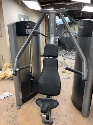 Chest Press Workout Machine For Sale! for Sale in Providence, RI