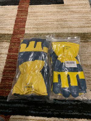 Work gloves waterproof for Sale in Fresno, CA
