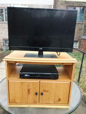 Coby 32 inch LED TV with 3 HDMI ports and Sony 5 discs DVD player with stand for Sale in Washington, DC