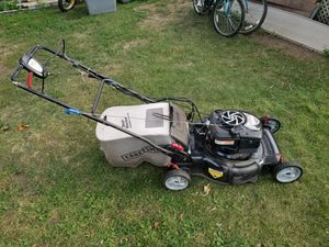 Craftsman 700 series lawn mower for Sale in Chelmsford, MA
